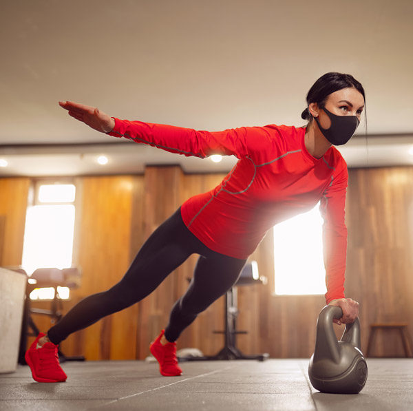 Mujer-deporte-mascarilla